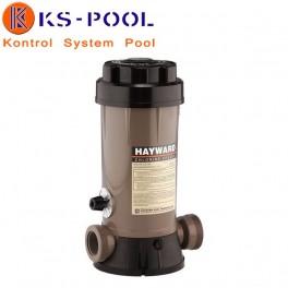 Dosificador de cloro/bromo de la marca Hayward.